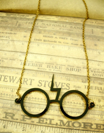 Harry Potter glasses necklace